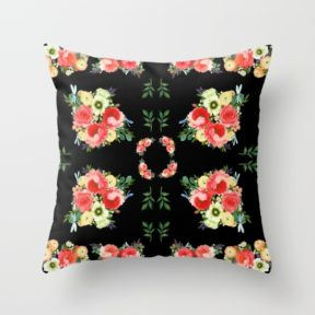 tiny-bluetenschoen-black-pillows